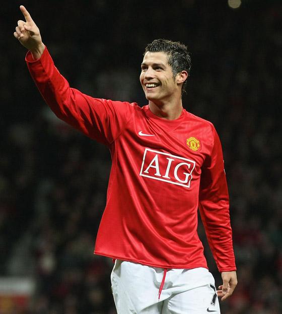 صورة رقم 13 - مانشستر يونايتد يُعلن رسميا عودة مع النجم البرتغالي كريستيانو رونالدو