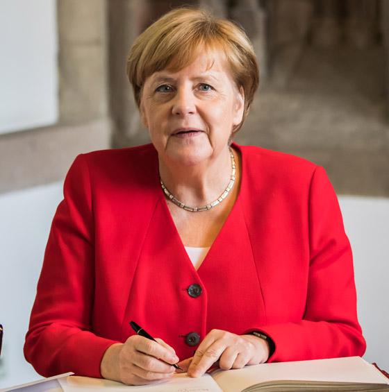 أنجيلا ميركل: أهم المحطات السياسية والمواقف المحرجة في مسيرة المستشارة الألمانية صورة رقم 4