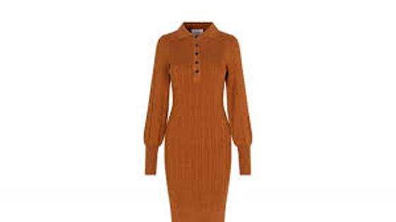 صورة رقم 2 - الفستان التريكو نجم موضة الخريف