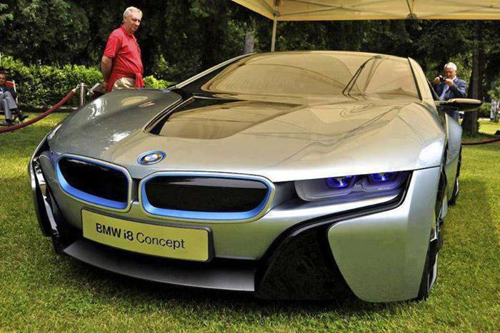BMW i8 السيارة الفاخرة