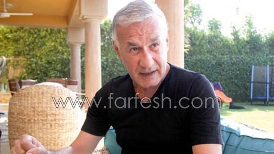 علامات التدهور الصحي والشحوب تبدو على الفنان عزت ابو عوف! صورة رقم 3