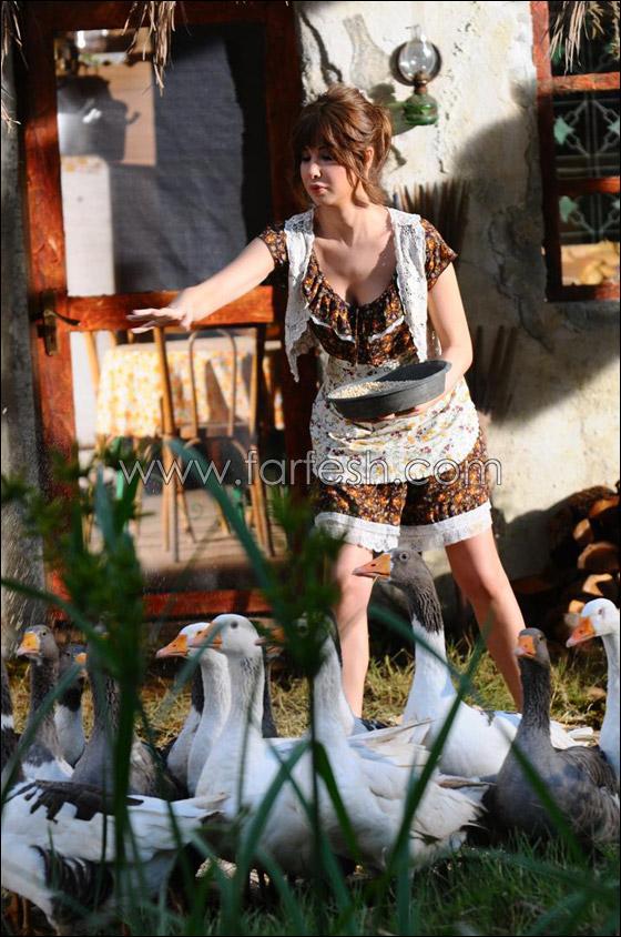 صورة رقم 24 - شاهدوا.. أول صور حقيقة لابنة هيفا وهبي في حفل خطوبتها