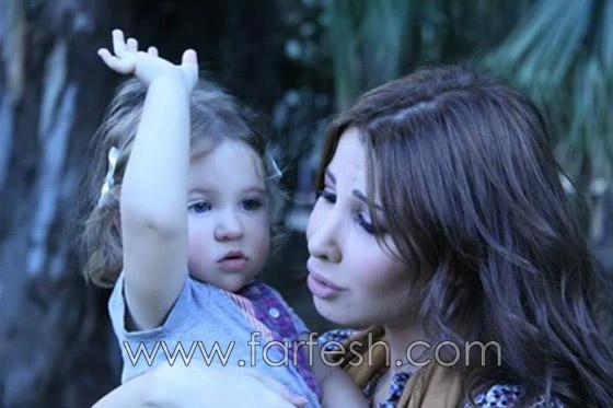 صورة رقم 26 - شاهدوا.. أول صور حقيقة لابنة هيفا وهبي في حفل خطوبتها