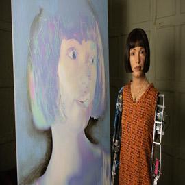 على هيئة إنسان..تعرف إلى أول فنانة روبوت في العالم