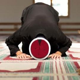 """"""" ادعي عليه من قلبك """" .. سيدة تطالب إمام مسجد بالدعاء على زوجها في  .."""