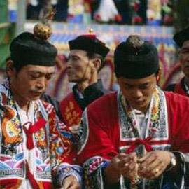 ممنوعون من الثوم والبصل والباذنجان.. تعرف على صيام الطاوية في الصين