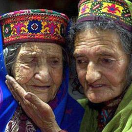 قبيلة هونزا المسلمة التي لا تشيب.. حيث الشباب في عمر الـ70