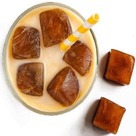 إليكم طريقة تحضير مكعبات القهوة المثلجة اللذيذة لصيف منعش وبارد