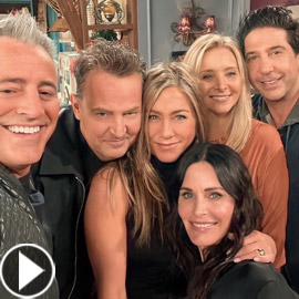 نجوم مسلسل (Friends) يلتقون مجددا بعد 17 عاما.. هل تغيّروا كثيرا؟