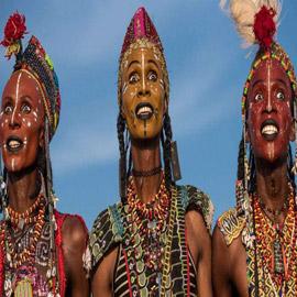 قبيلة تشامبولي.. حيث تحكم النساء ويرقص الرجال