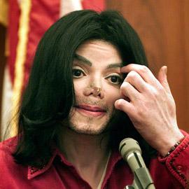 """""""فلسطين، لا تبكِ"""".. قصيدة كتبها مايكل جاكسون قبل 28 عاماً"""