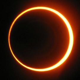 كسوف الشمس سيضيئ حلقة من النار في السماء.. كيف يمكنكم مشاهدته؟