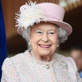 الملكة إليزابيث البريطانية ستتنحى عن العرش في هاتين الحالتين فقط!