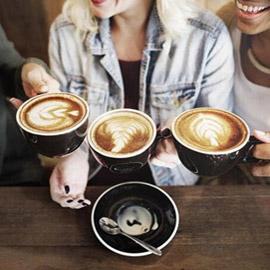 أضرار لشعرك يُسببها التوقف عن شرب القهوة