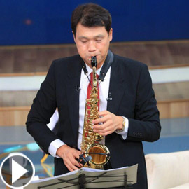 فيديو: السفير الكوري يفاجئ المصريين ويعزف أغنية 3 دقات قائلا: مشهورة  ..