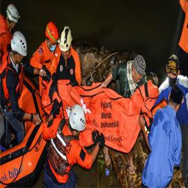 نزهة مدرسية تتحول لمأساة.. غرق 11 طفلا في نهر في إندونيسيا