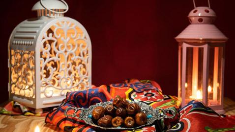 بالصور أشهى الأطباق تزين موائد العرب في رمضان
