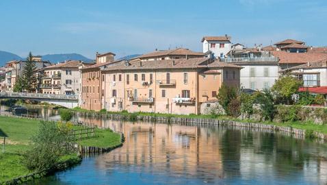 مدن إيطالية تعطي المال للعاملين عن بعد! تريد منهم السكن بمنازلها بشروط