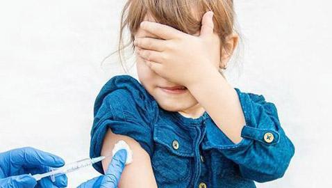 الإمارات من أولى دول العالم بفتح باب التطعيم للأطفال