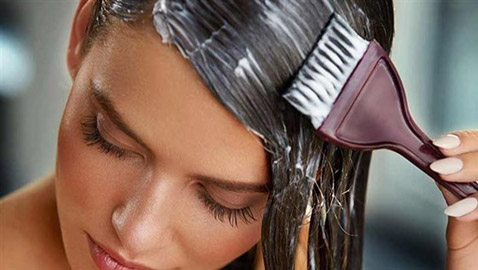 لمرأة... كيف تختارين الماسك المناسب لنوع شعرك؟