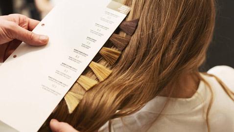 10 أخطاء تجن بوها عند تغيير لون الشعر