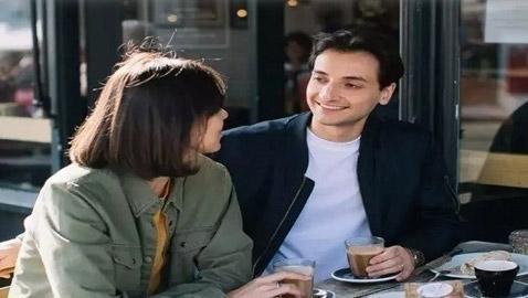 5 فوائد للارتباط بشريك مولع بالقهوة