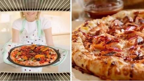 لهذا السبب لا يجب طهي البيتزا في الفرن