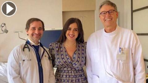أول فيديو وصور ياسمين عبدالعزيز بعد عودتها من رحلة العلاج في سويسرا