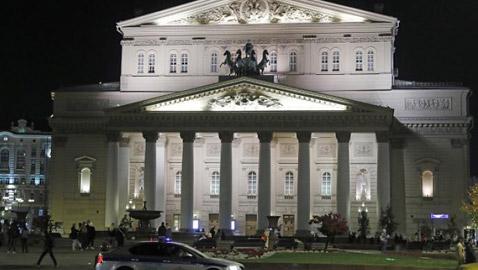 وفاة فنان على خشبة مسرح البولشوي أثناء عرض أوبرا في موسكو