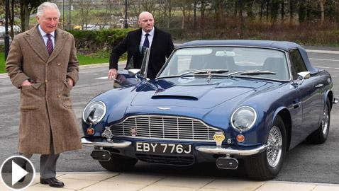 ولي العهد البريطاني يكشف أن سيارته القديمة تعمل بالنبيذ الأبيض والجبن!